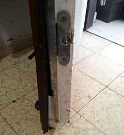 פריצת דלת