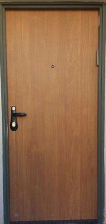 פורץ מנעול דלת