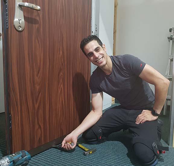 פורץ דלתות מוסמך בגבעתיים